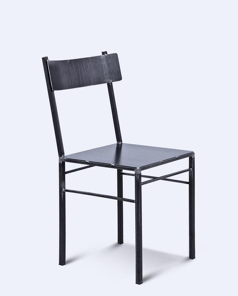 Realizzazione artigianale di sedie e sgabelli emanuele for Sedie italian design